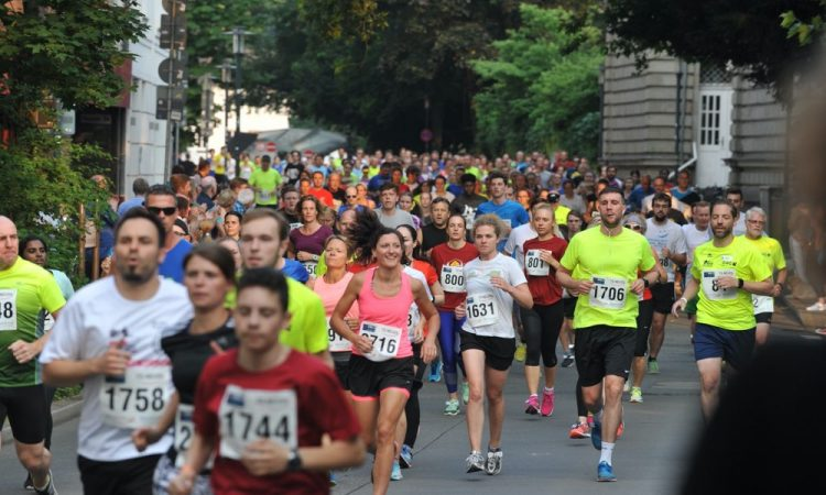 Sportspeople jogging in a race